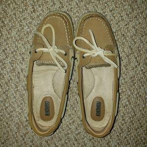 Khumbu boat shoes